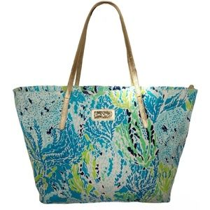 Lilly Pulitzer Resort Tote Spa Blue Lets Cha Cha